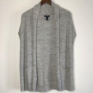 🌵Gap Gray Sleeveless Cardigan with pockets Size L